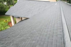 architectural-shingles-on-roof-of-westchase-home